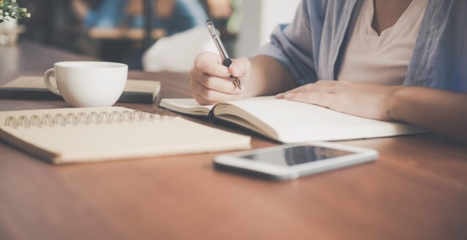5 Signs You Should Hire a Ghostwriter for your Blog 2