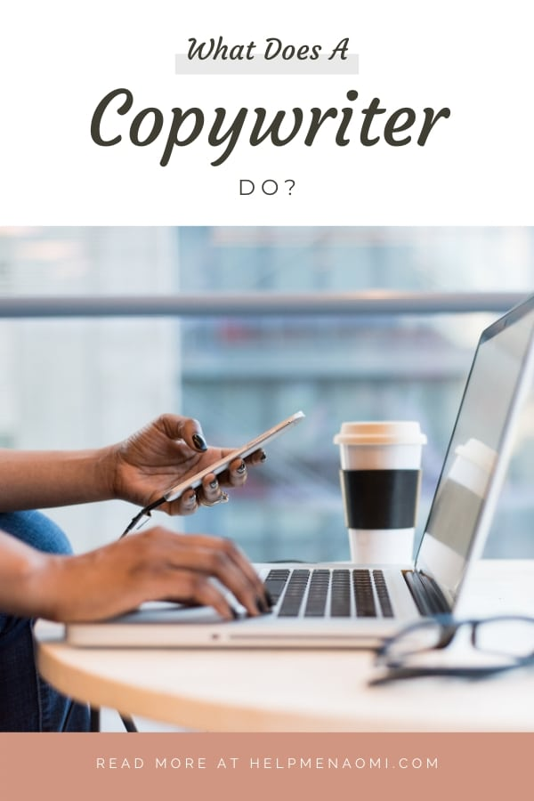 What does a copywriter do? blog title overlay